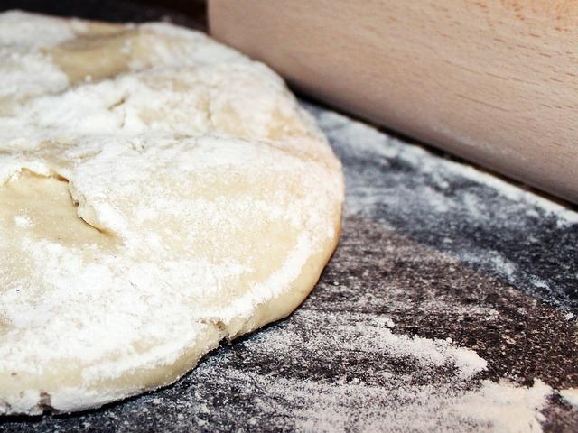 dough-702962_640